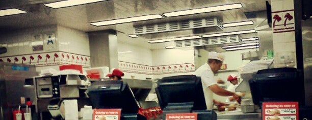 In-N-Out Burger is one of EUA.