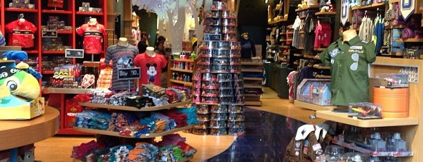 Disney Store is one of Posti che sono piaciuti a Jessica.