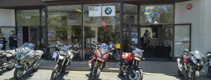 BMW Motorcycles of Walnut Creek is one of Lieux qui ont plu à Jay.