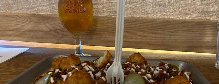 Brew York Craft Brewery & Tap Room is one of Posti che sono piaciuti a Carl.
