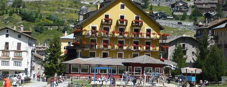 Hotel Sant' Orso is one of I Top Hotel Chalet in Valle D'Aosta.