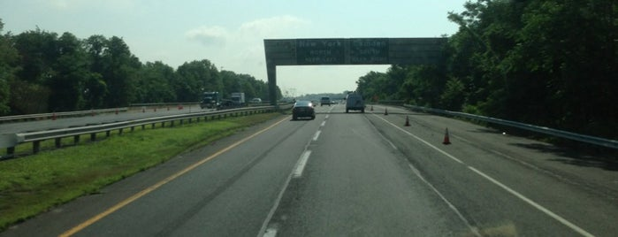 NJ Turnpike at Exit 6 is one of New Jersey highways and crossings.