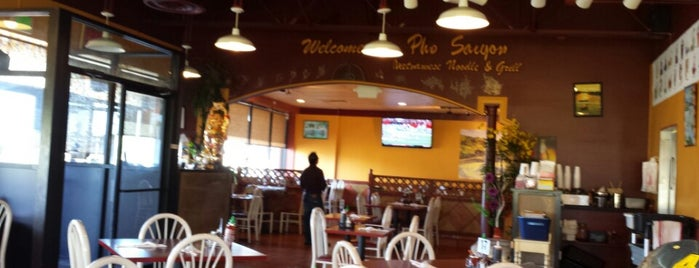 Pho Saigon - Vietnamese Noodles & Grill is one of Locais salvos de Ike.