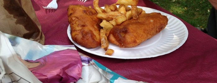 Don's Fish & Chips is one of Locais salvos de Sevgi.