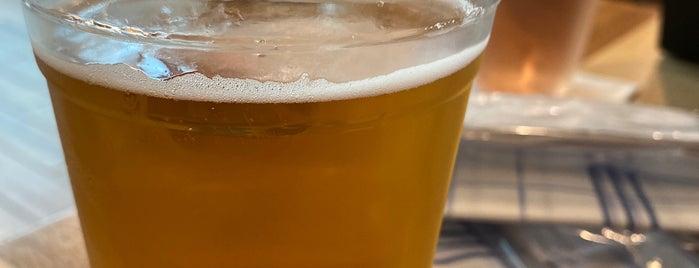 Cask & Larder is one of Orlando Breweries.