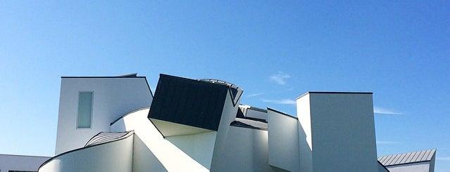 Vitra Design Museum is one of 建築マップ ヨーロッパ.