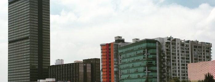 Torre Ejecutiva Pemex is one of Fanny : понравившиеся места.