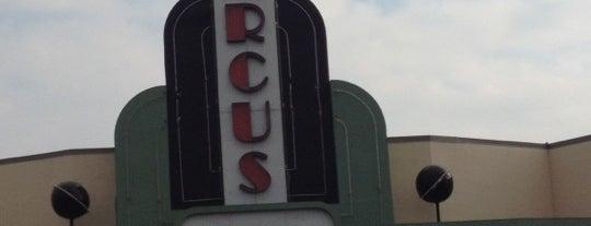 Marcus Shakopee Cinema is one of สถานที่ที่ Alan ถูกใจ.