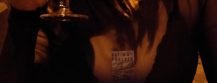 Café Fatima is one of Lieux qui ont plu à Vincent.