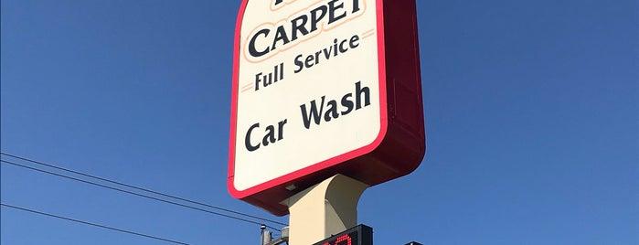 Red Carpet Car Wash is one of Orte, die Lauren gefallen.