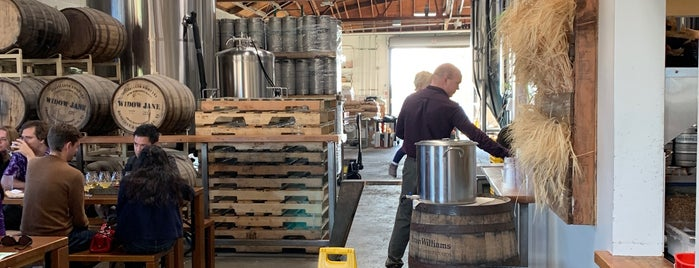 Fieldwork Brewing Company is one of SF Restaurants (been to).