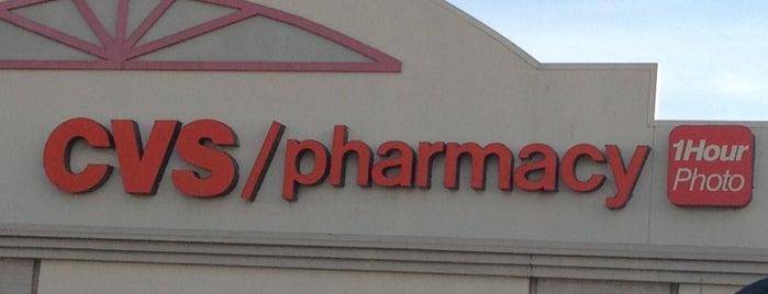 CVS pharmacy is one of สถานที่ที่ Ricardo ถูกใจ.