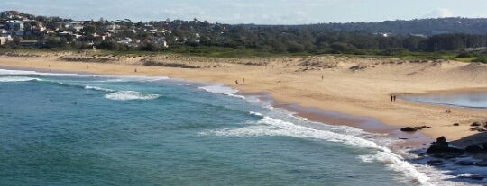 North Curl Curl Beach is one of Want to Try Out New 2.