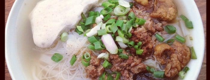 Restoran Sang Kee 新生记海鲜饭店 is one of Surinder'in Beğendiği Mekanlar.