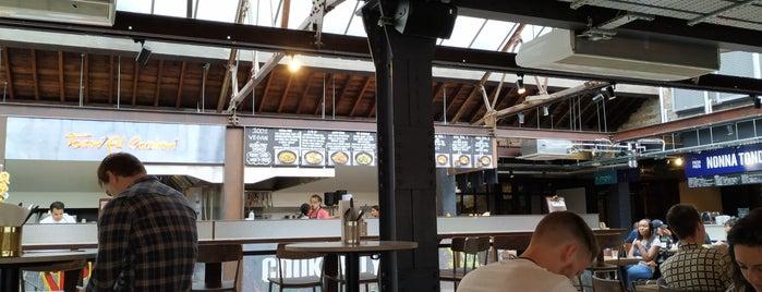 Market Hall Victoria is one of Locais curtidos por Matt.