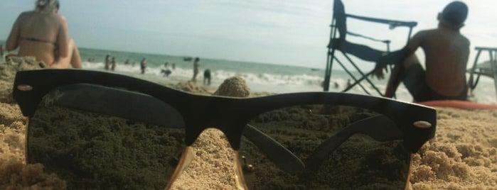 Praia do Grant is one of Tempat yang Disukai Aline Carolina.