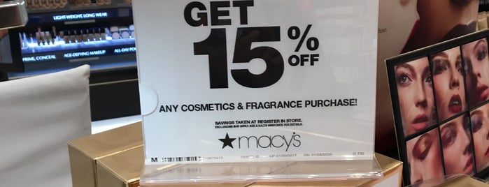 Macy's is one of Meiさんのお気に入りスポット.