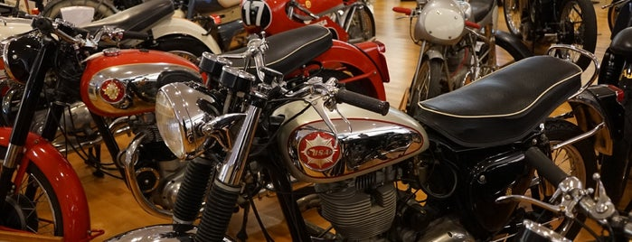 Solvang Motorcycle Museum is one of Ian'ın Kaydettiği Mekanlar.