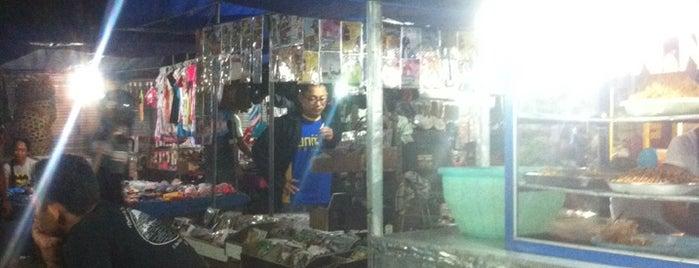 Pasar Taman Sari is one of Seminyak.