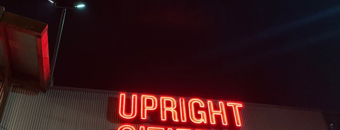 Upright Citizens Brigade Theater Sunset is one of Stephanie 님이 좋아한 장소.