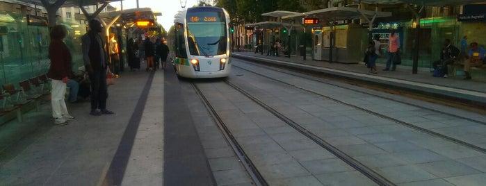 Station Porte de Bagnolet [T3b] is one of Posti che sono piaciuti a Fndotucci.