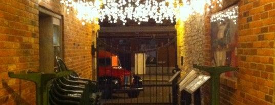 Kingston Brew Pub is one of Lieux sauvegardés par José.
