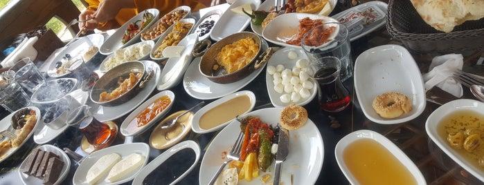 Kaşşık Restaurant & Cafe is one of Gittiğim Yerler2.