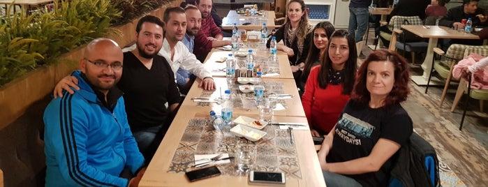 Çınar Geleneksel is one of Cem Yılmazさんのお気に入りスポット.