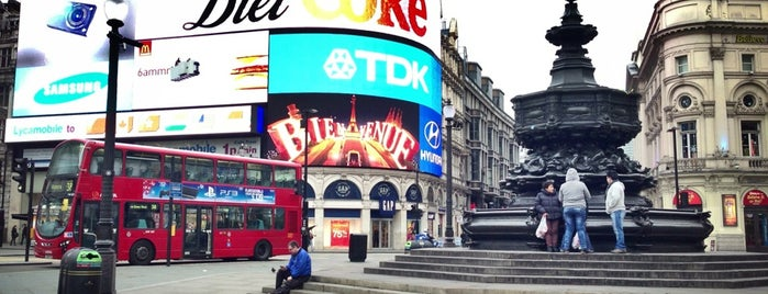 Piccadilly is one of Inglaterra.