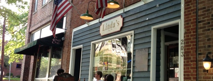 Linda's Bar and Grill is one of Road Trip.