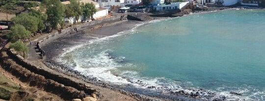 El Puertito is one of สถานที่ที่ Angie ถูกใจ.