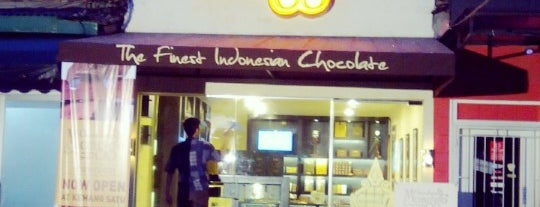 Showroom Chocolate Monggo is one of I chooo cho-co-late you....