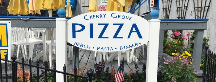 Grove Pizza is one of สถานที่ที่ Dominic ถูกใจ.