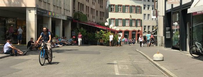 Rümelinsplatz is one of Lugares favoritos de Valentin.