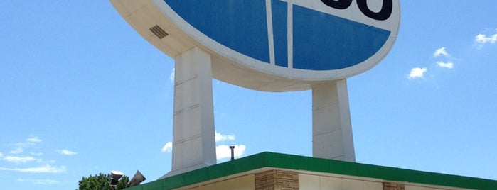 World's Largest Amoco Sign is one of St. Louis.
