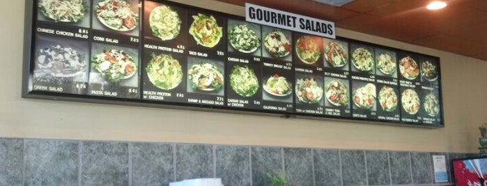 Salads 2000 is one of Tonninaさんのお気に入りスポット.