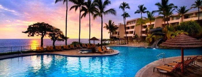 Sheraton Kona Resort & Spa at Keauhou Bay is one of Diana'nın Beğendiği Mekanlar.