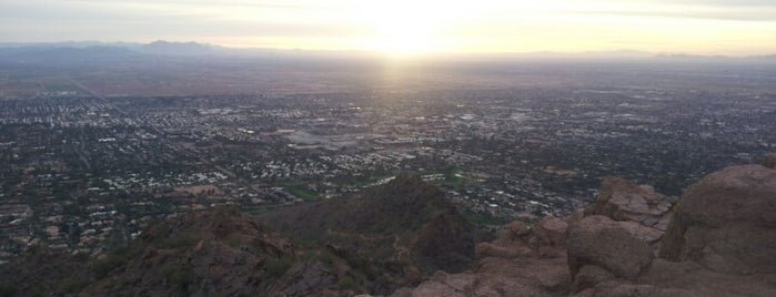 Echo Canyon Park / Camelback Trailhead is one of Locais curtidos por Anthony.