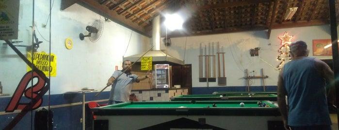 Mikelettos Bar e Bilhar is one of Viajando.