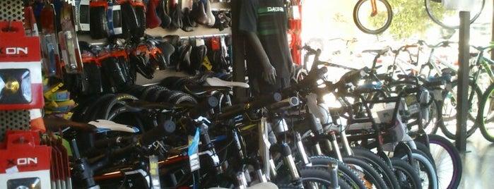 Urban Bike Society is one of Lugares guardados de Leonidas.