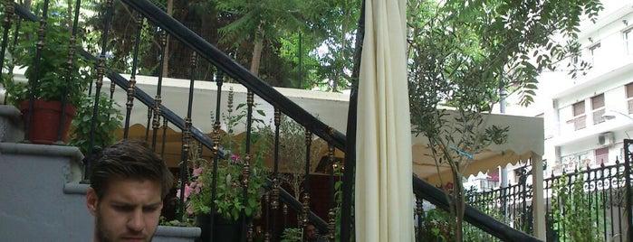 Δέντρο στο Μπαρ is one of Thess /Coffee Bars.