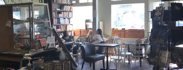 Village Books & Coffee House is one of Orte, die Mitchell gefallen.