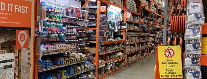 The Home Depot is one of Posti che sono piaciuti a Jace.