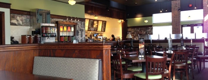 Corner Bakery Cafe is one of Lugares favoritos de Lovely.