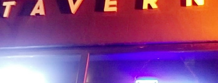 Offside Tavern is one of Orte, die Cameron gefallen.