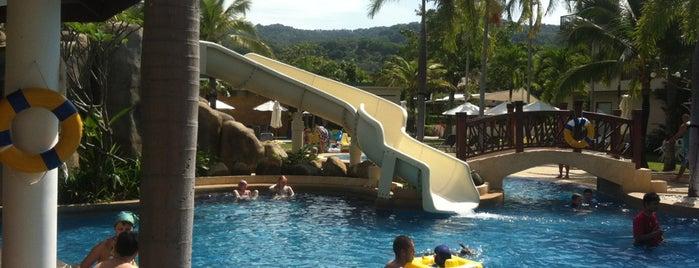 Centara Karon Resort Phuket is one of Кристина'ın Kaydettiği Mekanlar.