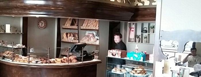 Bar De La Estacio is one of Lugares favoritos de David.