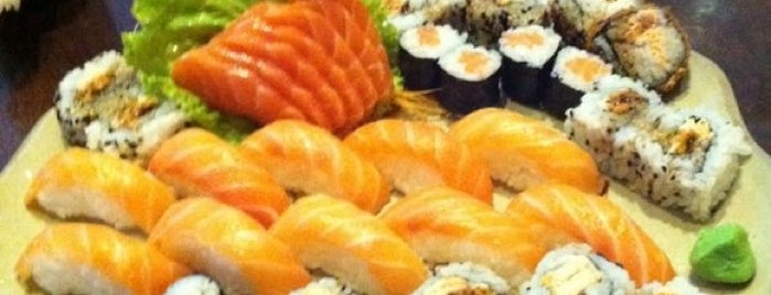 Kazoku Sushi Bar is one of Itatiba.