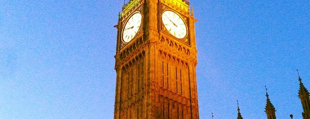 Elizabeth Tower (Big Ben) is one of Favorite places in the UK.