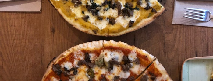 Zucca Pizza is one of İstanbul.